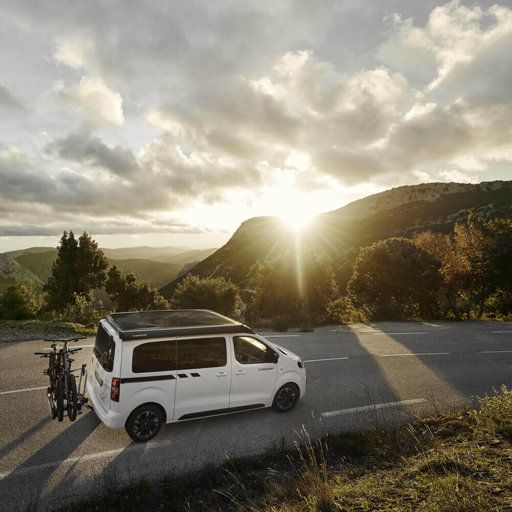 Opel-Berkemeier-Zafira-Life-CROSSCAMP-Panorama