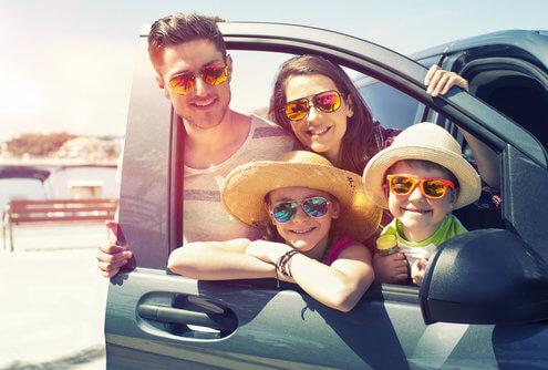 Opel Berkemeier-Münster,Saerbeck,Greven-Bild im Sommer mit Familie